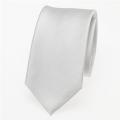 schmale weiße Krawatte